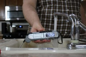 Maverick Pro-Temp Commercial PT-100 thermometer water resistance