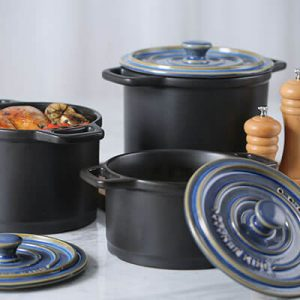 Different sizes dutch ovens