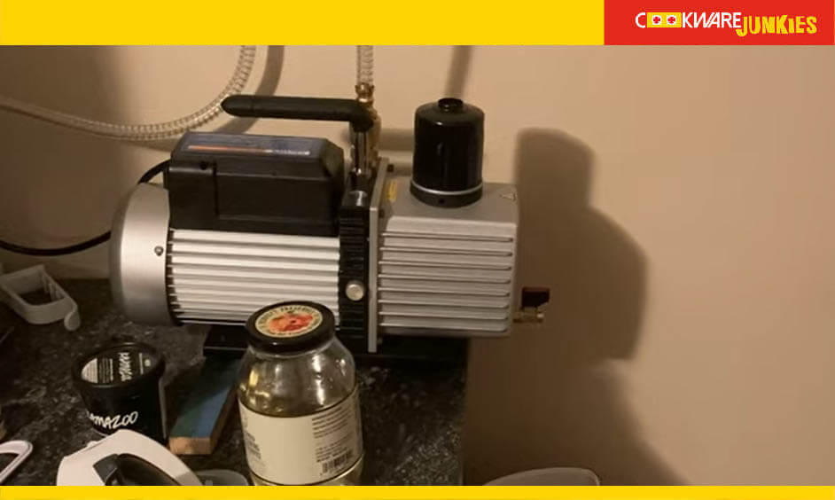 freeze dryer vacuum pump on table